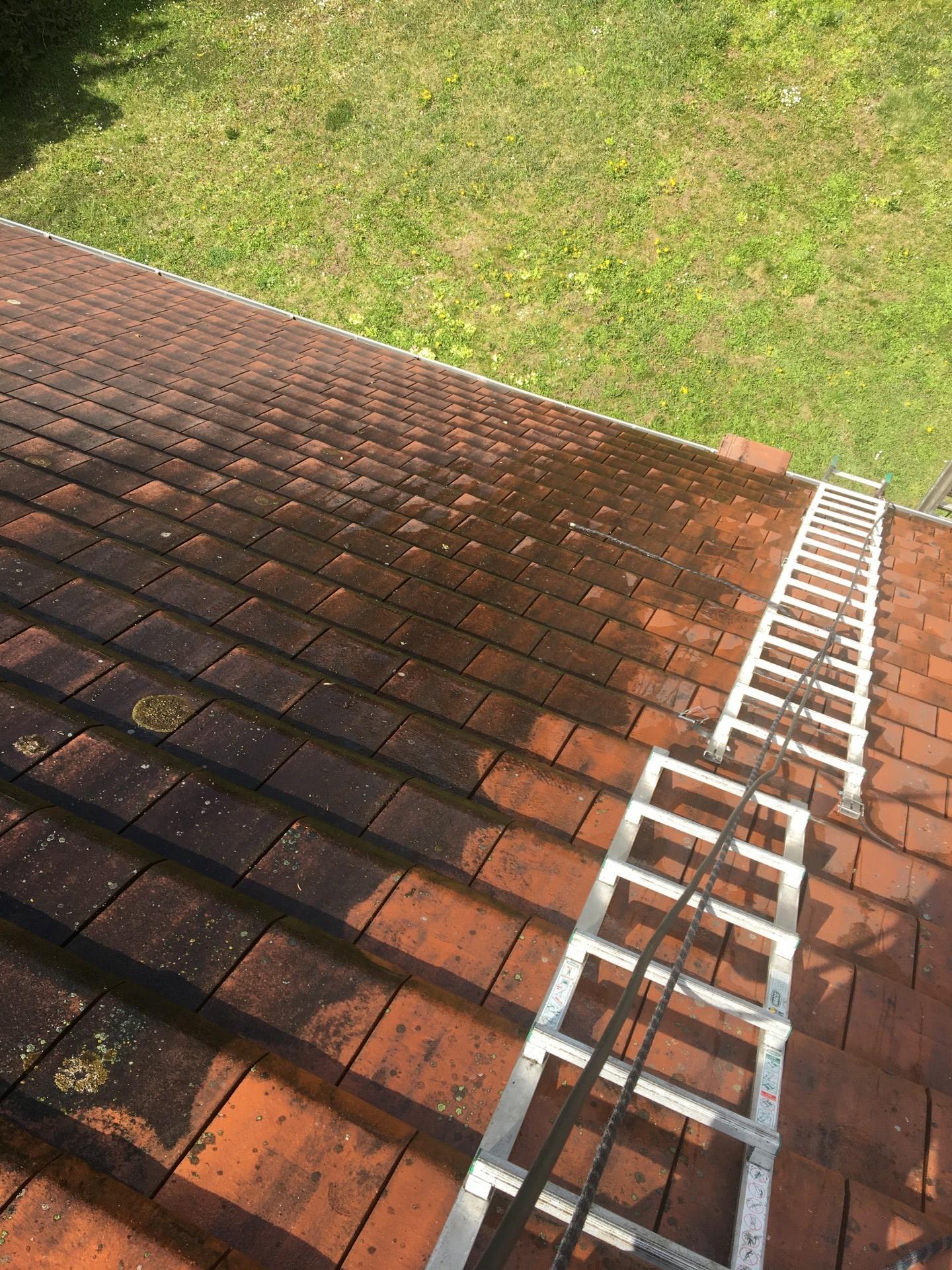 Nettoyage toiture haute-pression